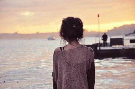 朋友圈说说心情短语和过去和解吧,日子可是将来的