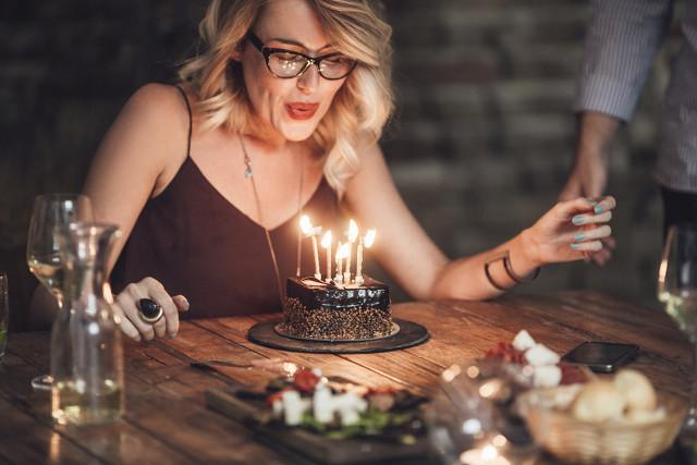 感慨生日又老了的句子 又老了一岁的生日说说