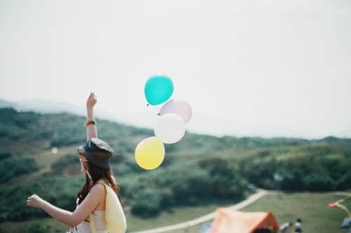 人生很匆忙,请停在风景里,为自己唱首歌