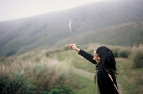 找一个耐看的人为伴,时间的尽头,才有一份细水长流